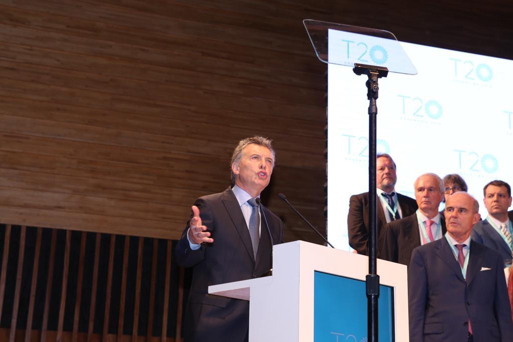 Mauricio Macri, presidente de Argentina, dando su exposición en la Cumbre T20